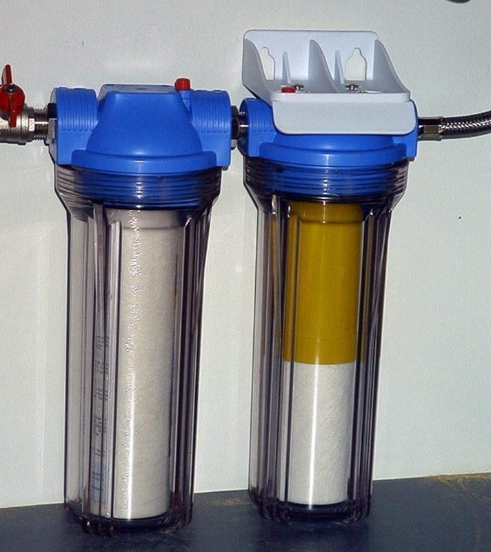 ūdens attīrīšana ar filtru palīdzību