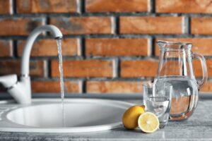 tīrs krāna ūdens